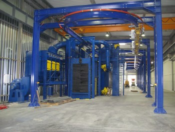 Continuous overhead conveyor shot blasting machine